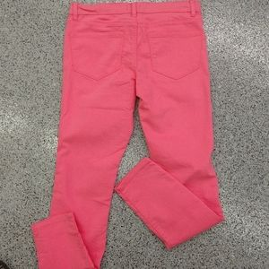 Pink skinny jeans size 6/8 NWT